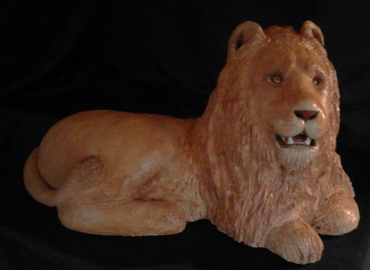 lion (50X30X30)